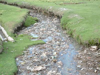 poluição da água mata mais do que violência no mundo