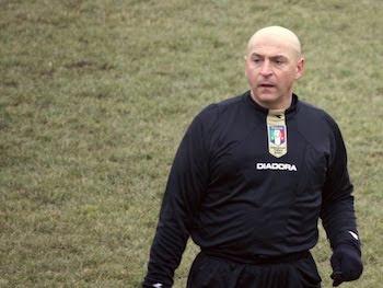 L'arbitro Peluso, per la prima volta a Verderio.
