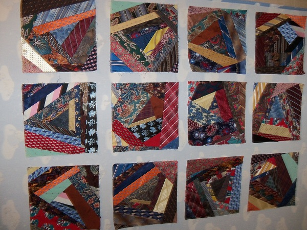 Quilting Patterns Using Men S Ties : QUILTING KRAZY: Krazy Tie Quilt - The last of the Ties -- suggestions wanted please