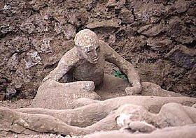 [Image: pompeii-cast1-da-as-m10.jpg]