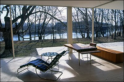 Farnsworth House interior chaise lounge