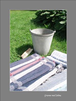 Tvätta trasmattor med högtryckstvätt