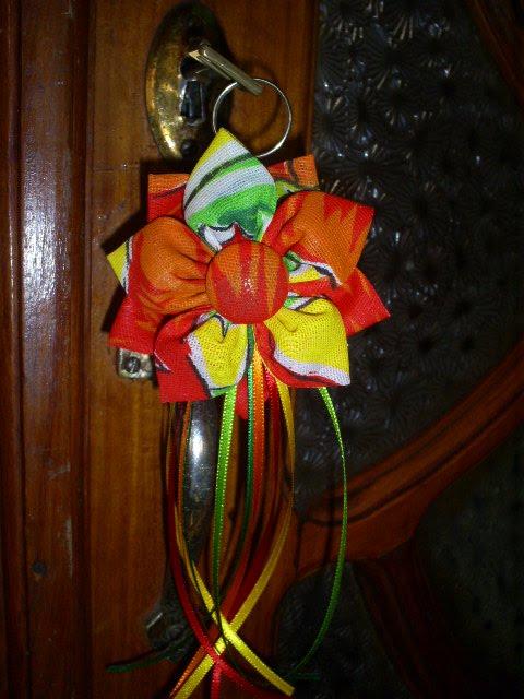 A FLOR DE CHITA AGORA TEM CHAVEIRO...