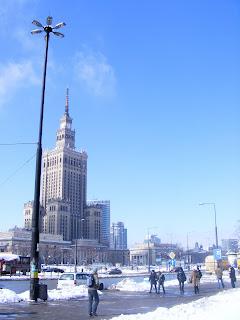 warsaw warszawa palac kultury i nauki winter snow blizzard Poland rotunda