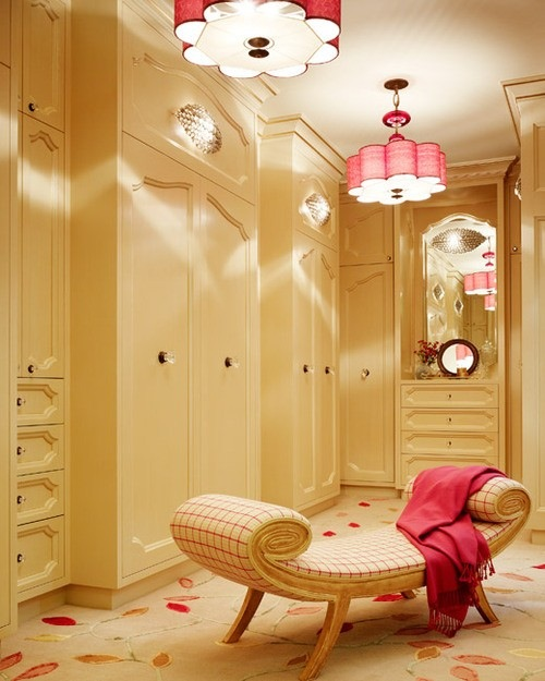 Cheeky Chic Woman Caves