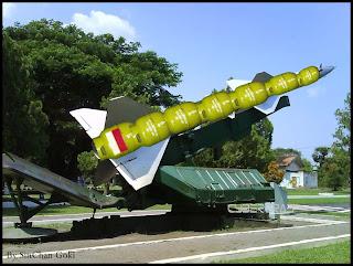 Ngakak Inilah Senjata Asli Indonesia Yang Dipakai Negara Lain 2