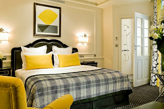 Modern Interior Decoration Bedroom in Hotels Design