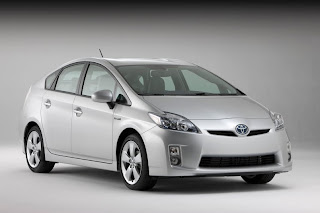 2010 Toyota Prius poster | Automotive Wallpaper