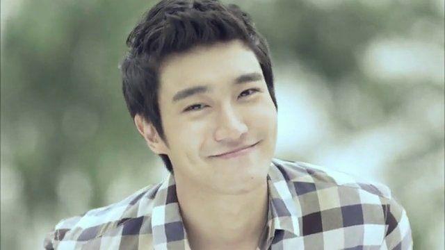 Super_Junior_members_envy_Choi_Si_won__01092010185634.jpg