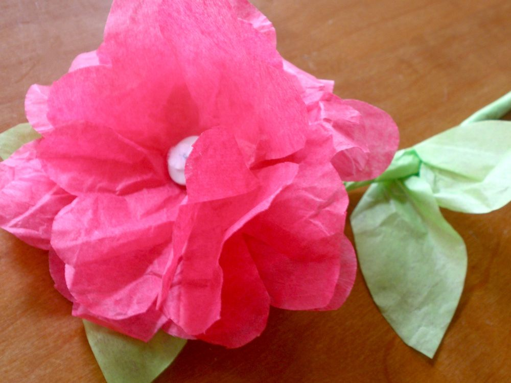 how to make tissue paper roses for kids