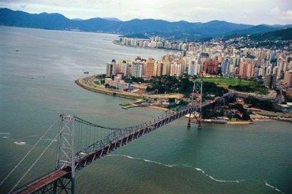 Ponte Hercílio Luz - 1ª Ligação Ilha-Continente