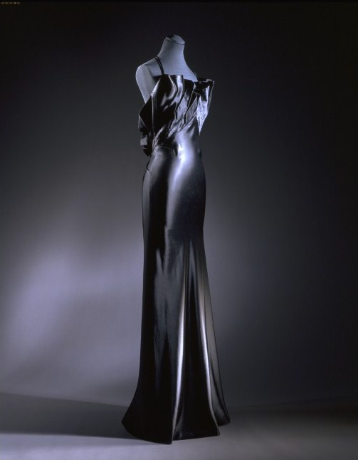 Inspired by Kelly: Vintage 1930s Evening Dresses from the V & A ...