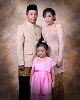 Ayah Ibu dan Aku