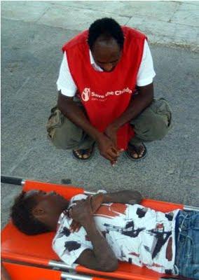 I primi soccorsi a Lampedusa, Afp