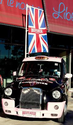 beefeater london cab puerta de america