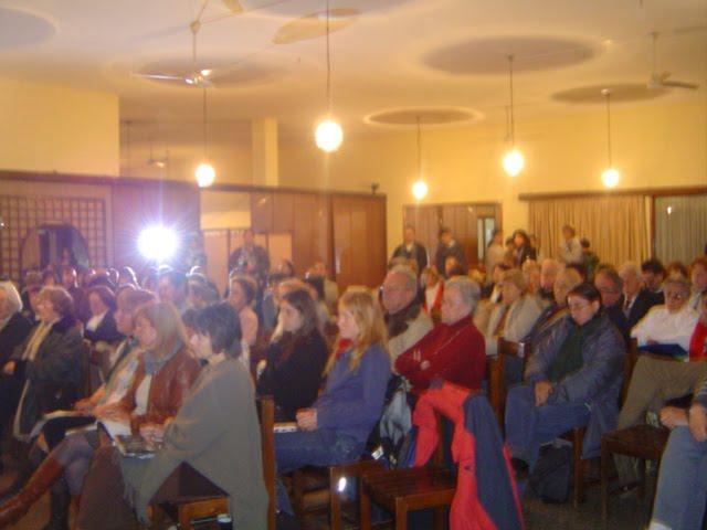 PRESENTACIÓN DE NUESTRO LIBRO EN CLUB VALDENSE, 1º JUNIO 2010