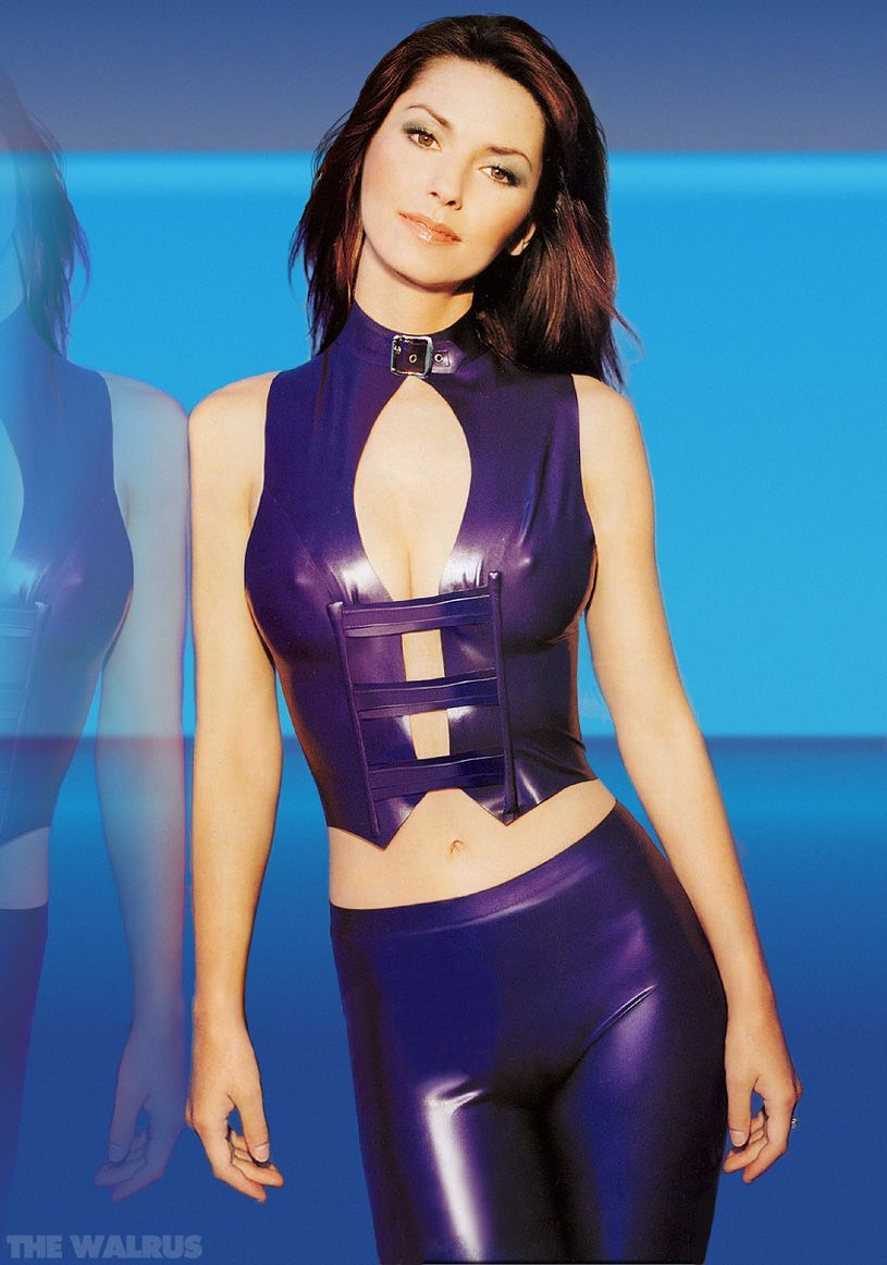 Shania Twain purple fashion