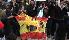 El gallego no se defiende quemando banderas