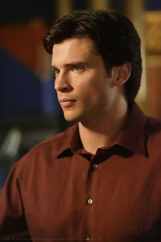 how much make tom welling