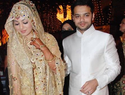 Ayesha Takia Wedding Pictures on Ayesha Takia Wedding   Marriage Reception Photos Pictures Stills Pics