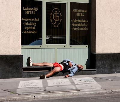 Фото бомжей, Будапешт, Дебрецен