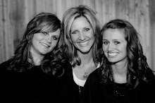 Mom &amp; Girls 2009