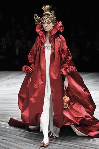 Freedom Area: My appreciate famous fashion designer ...