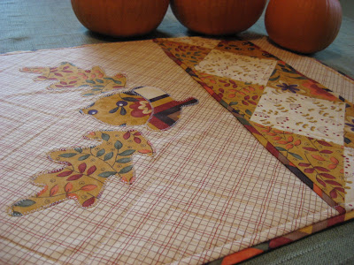 Awesome Fall Table Runner