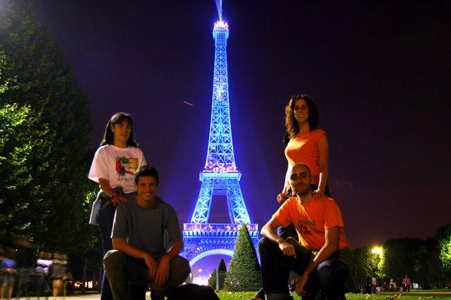 la torre eiffel, un nuevo monumento peruano