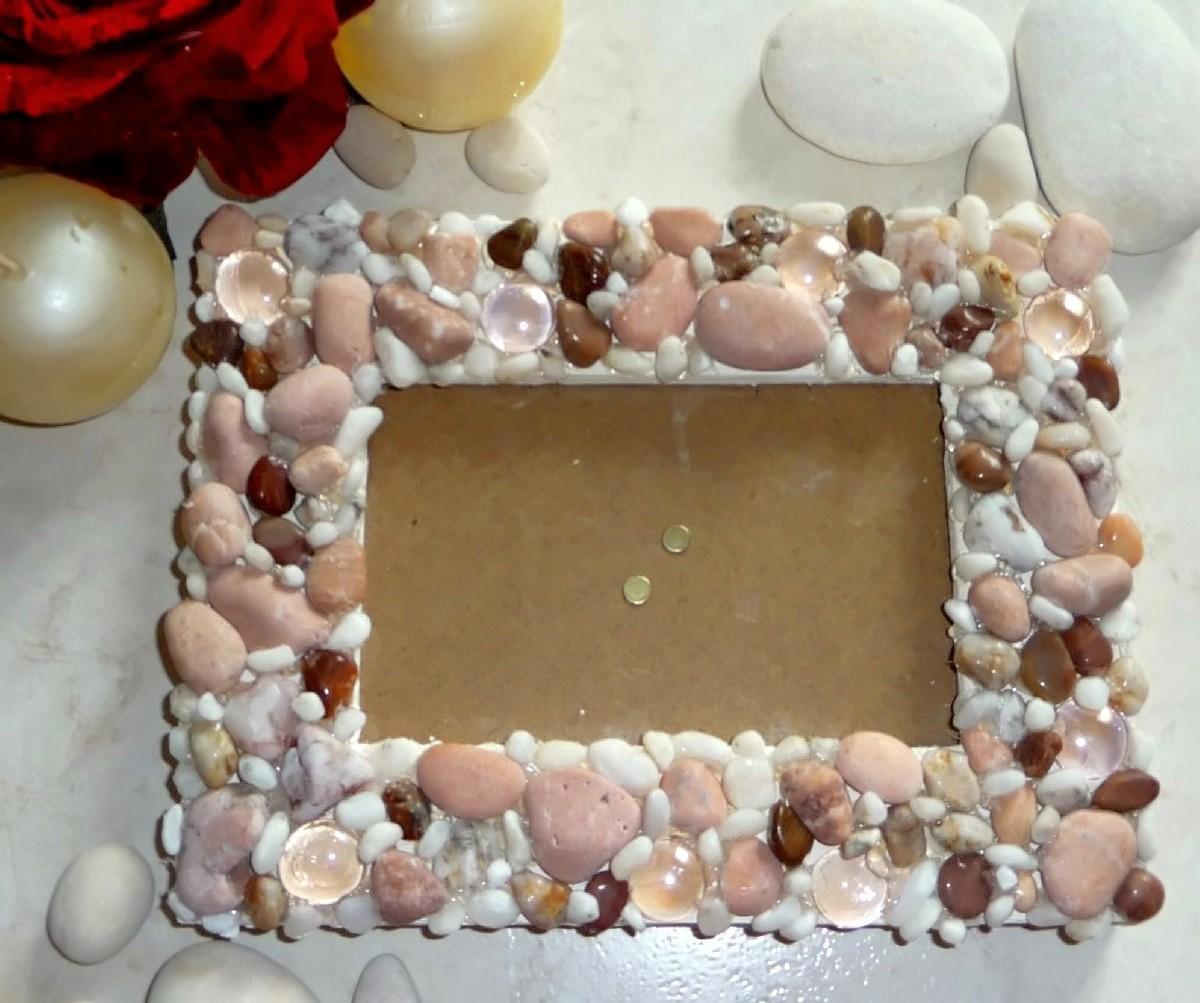 Рамки из камней и ракушек своими руками