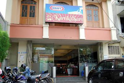Kartikasari Bakery in Bandung