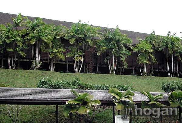 Hilton Longhouse Resort Batang Ai