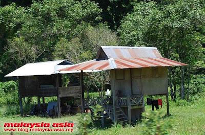 Perak Orang Asli house