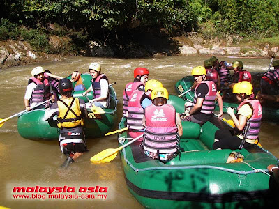 White Water Rafting in Kampar Perak
