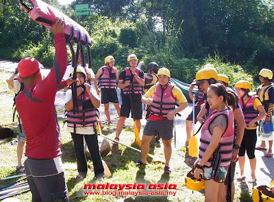 Briefing at Kampar Water Rafting