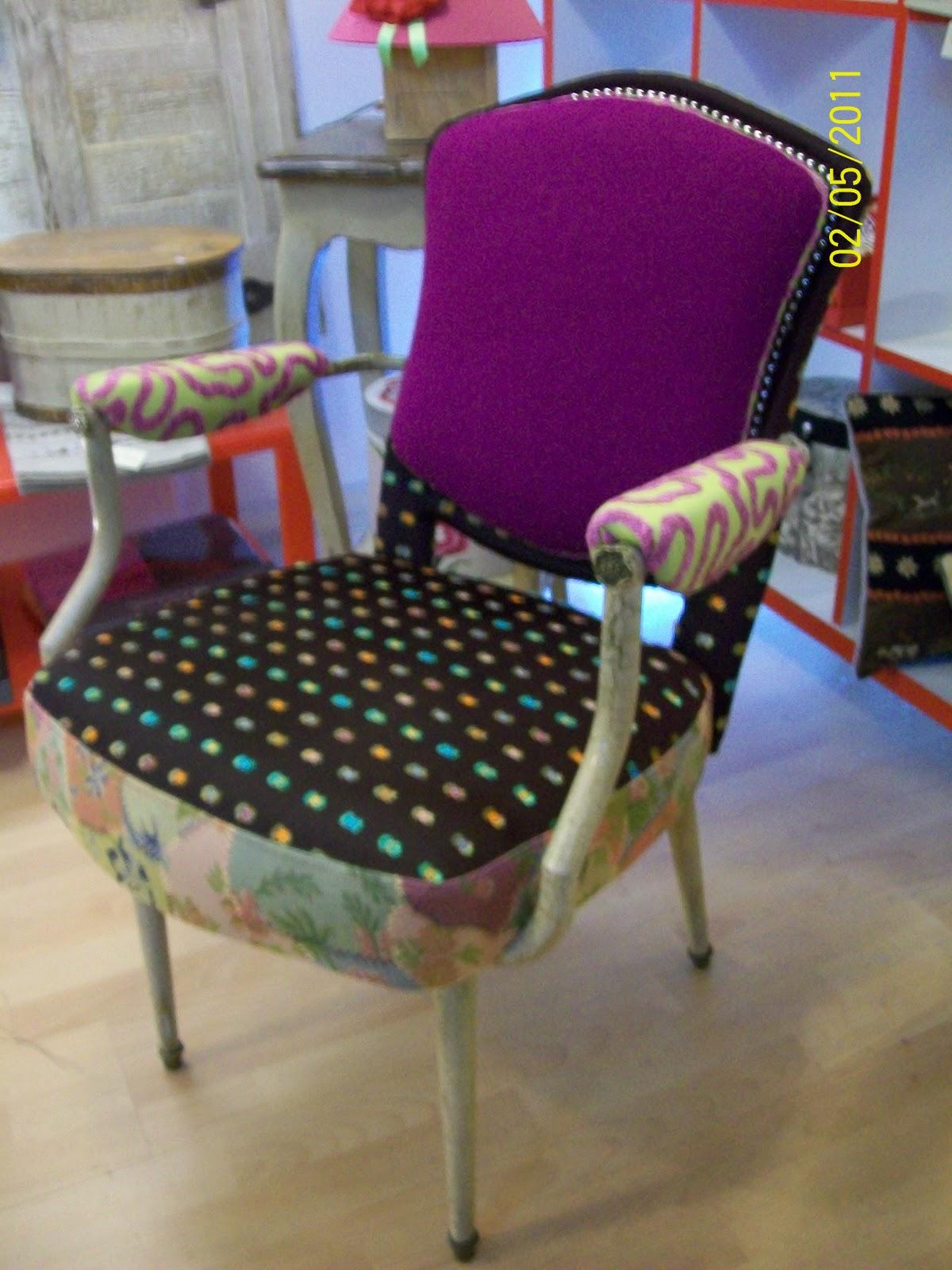 L 39 fauteuil ann e 50 de coiffeur salon italien - Fauteuil dans un salon de coiffure pour dames ...