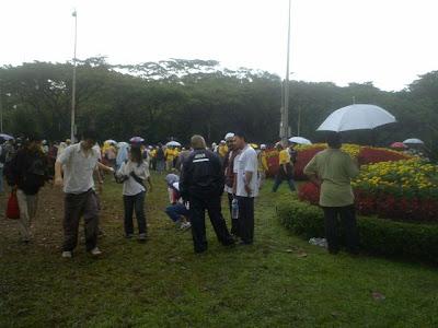 muddy ground near the Istana
