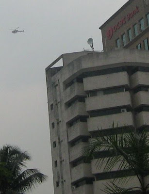 helicopter buzzing overhead at Masjid Jamek