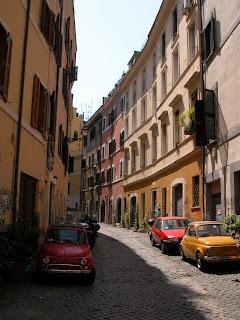 nuova fiat 500,nouvelle fiat 500,cinquecento,trastevere,rome, italie