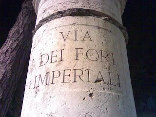 via dei fori imperiali, forum impérial, colisée, rome, italie, rome en images