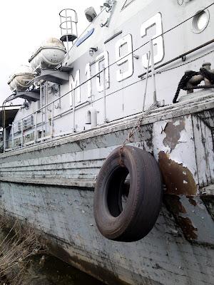 boat,  peeling paint
