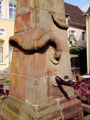 fountain, obelisk, snake