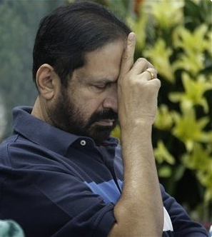 Congress suspends Kalmadi after CBI arrests him