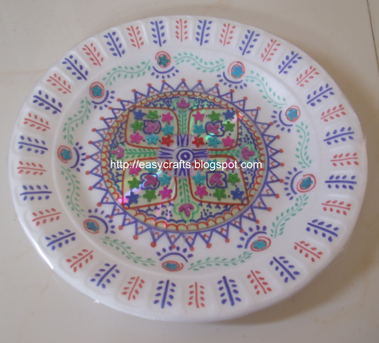 Decorative aarti plate & Easy Crafts - Explore your creativity: Decorative aarti plate