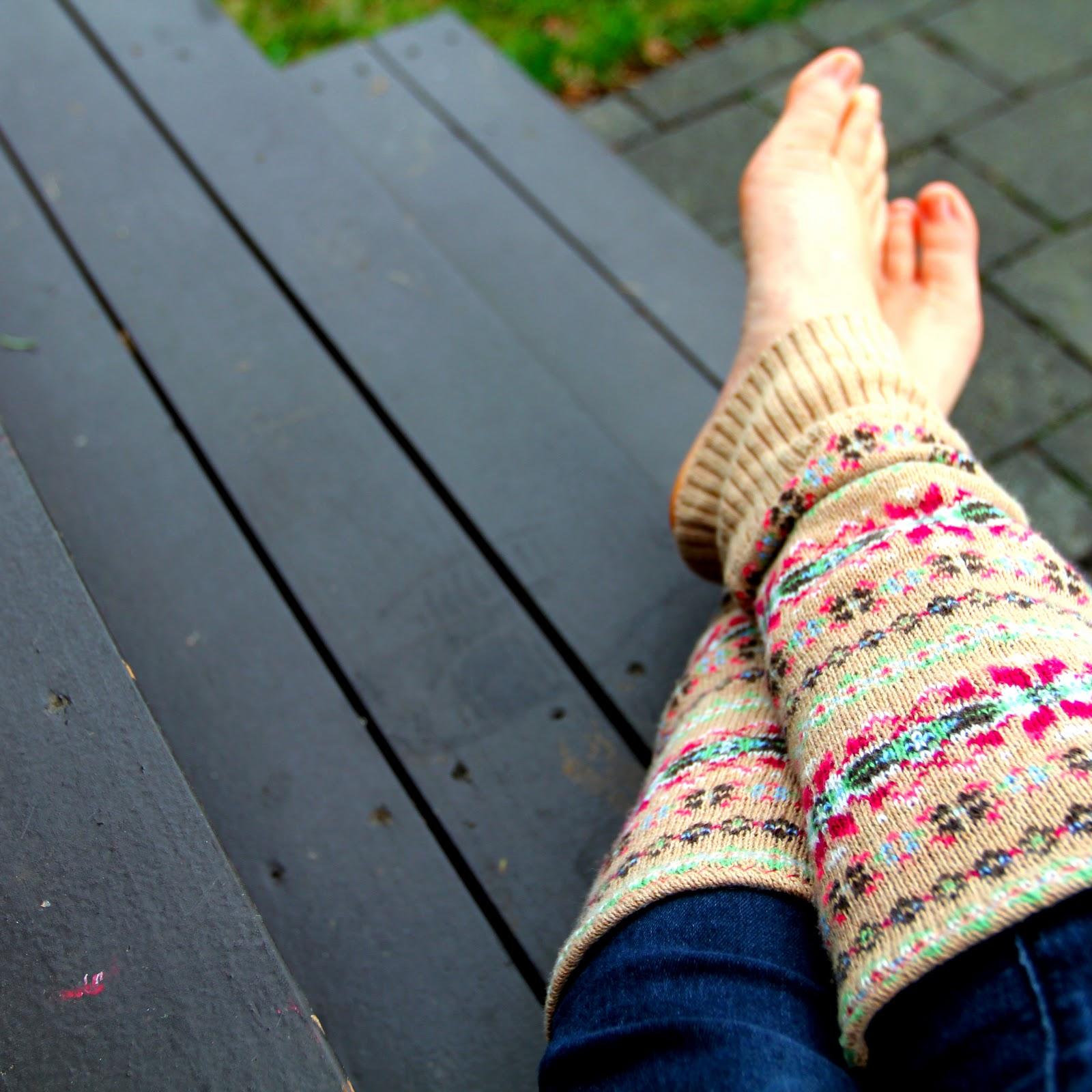 Переделка старого свитера в носки Мастер-класс своими руками 71