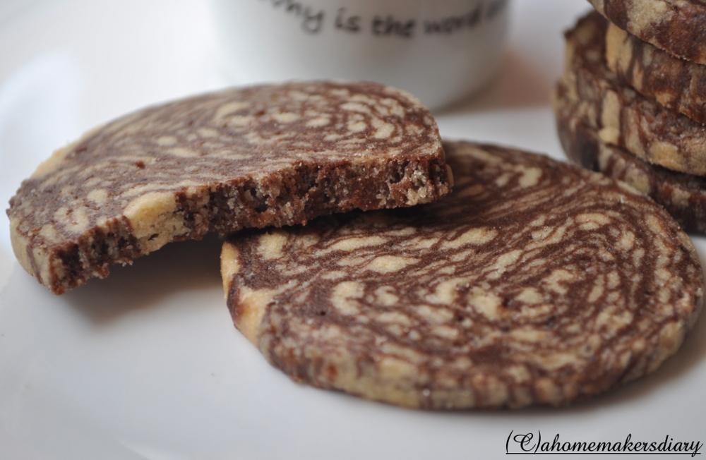 Homemaker's Diary: Peanut Butter N' Chocolate Marble Cookies