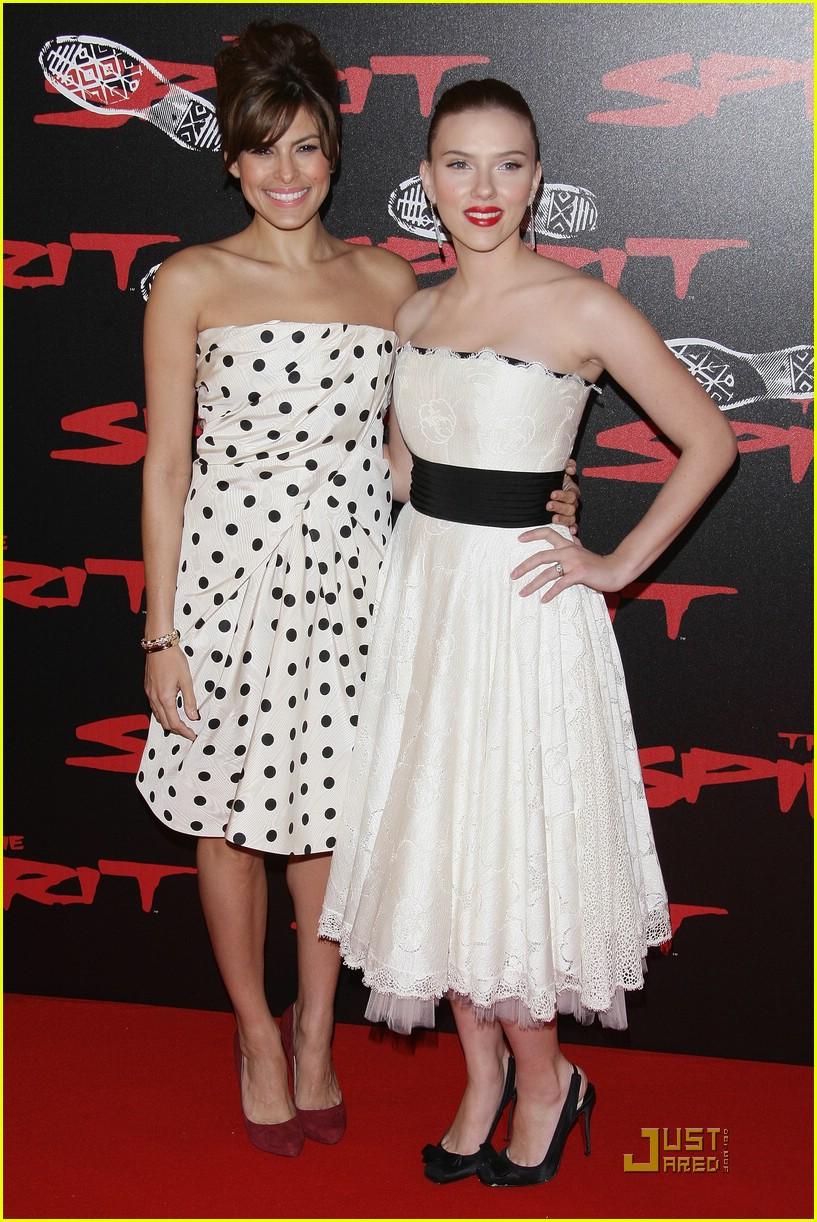 Nina Fresa Fashion Critic: July 2010