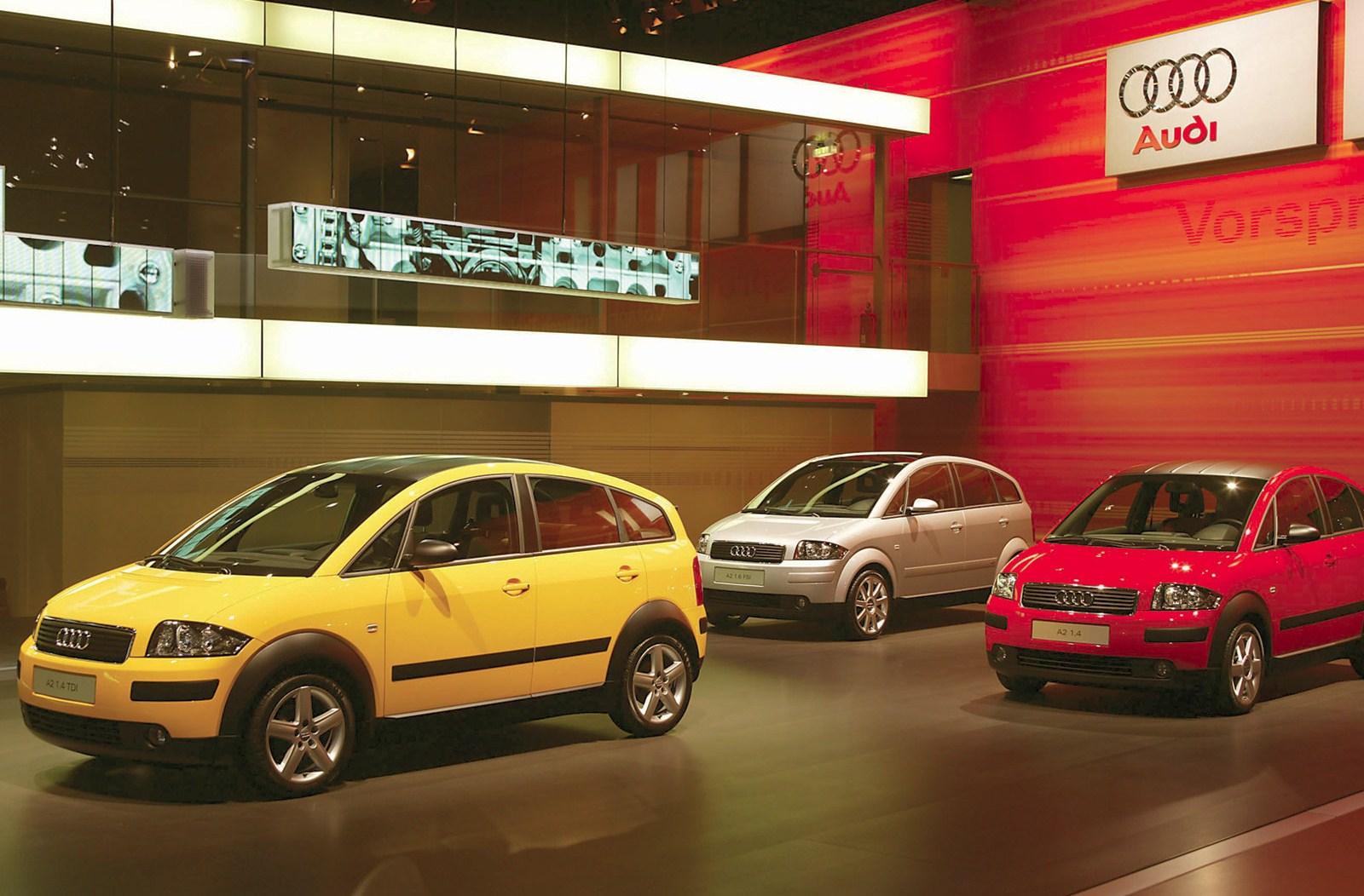 http://4.bp.blogspot.com/_sRGU_JXOz6E/TSiJGPITCcI/AAAAAAAABD4/csPzGlPlHS0/s1600/Audi-A2_2003_1600x1200_wallpaper_07.jpg