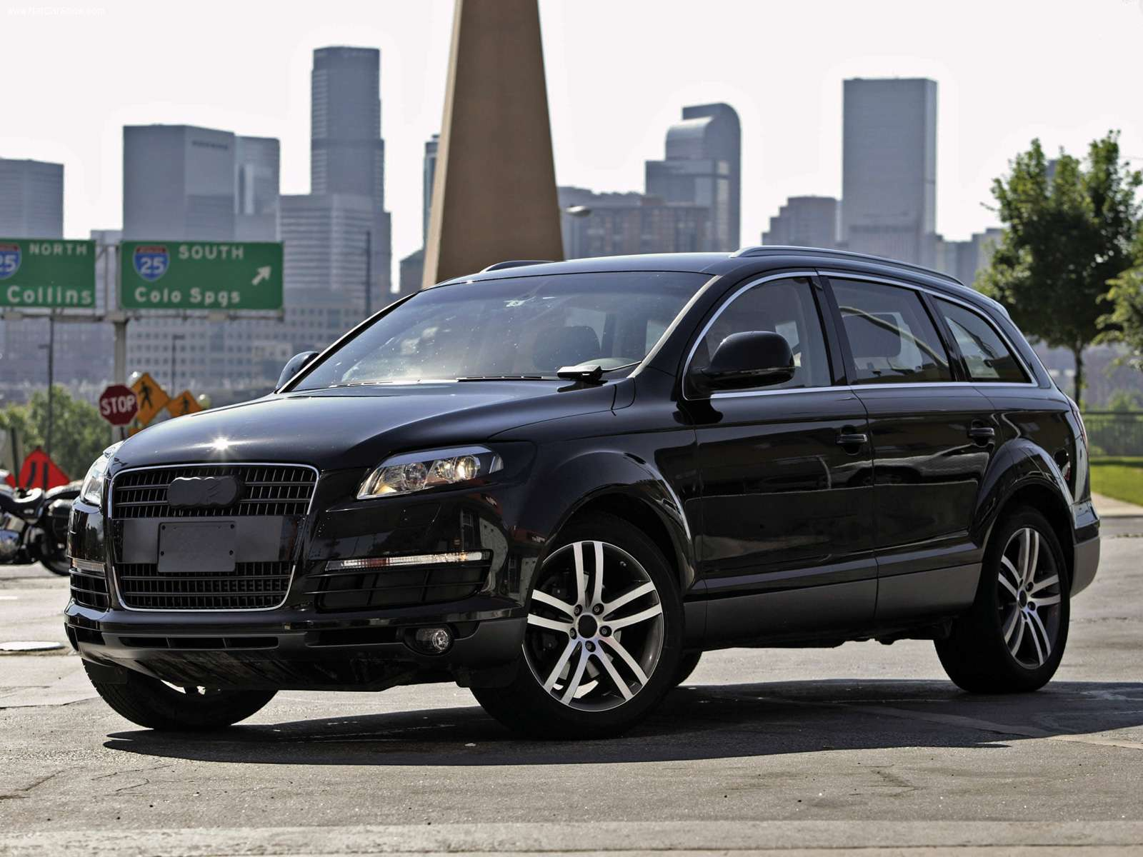 Best Wallpapers Audi Q7 Wallpapers