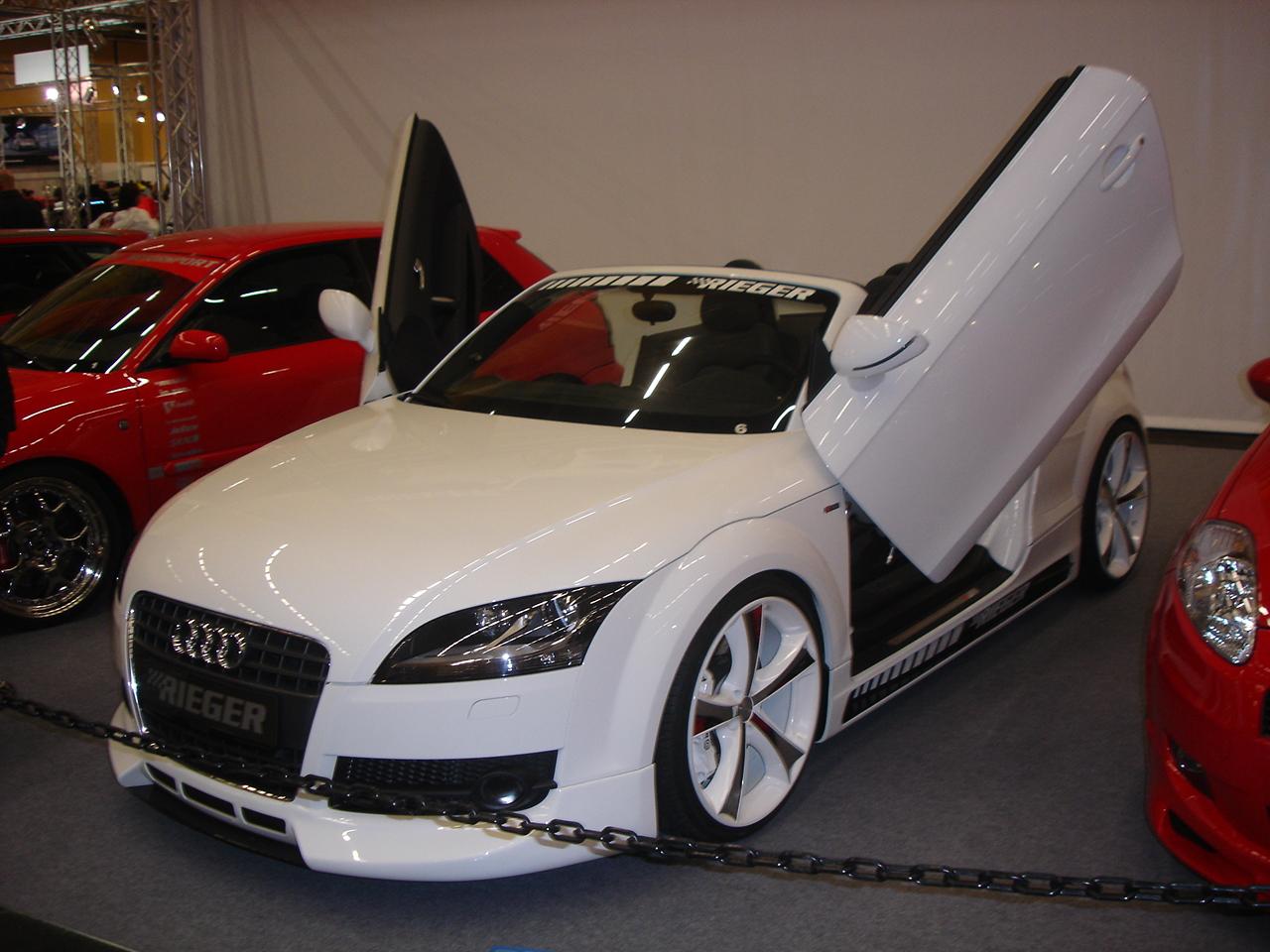 http://4.bp.blogspot.com/_sRGU_JXOz6E/TTrtm6gRDHI/AAAAAAAABbc/kwRL7HZwrQM/s1600/0ea2c_Audi_TT_Roadster_Tuning.jpg